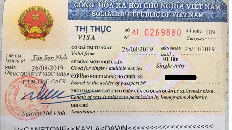 sample off vietnam business visa stamped on passport